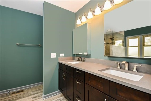 11-Master Bathroom