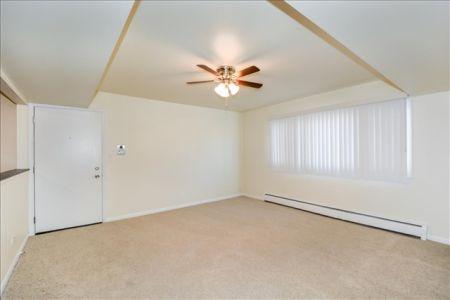 02-East Livingroom