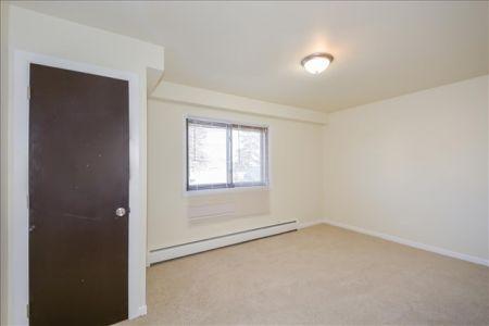 06-East Bedroom 1