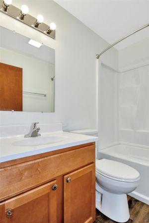 12-Bathroom
