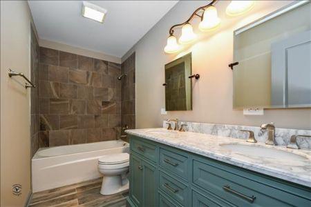 15-Bathroom 2