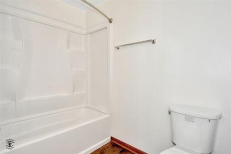 18-Bathroom 2